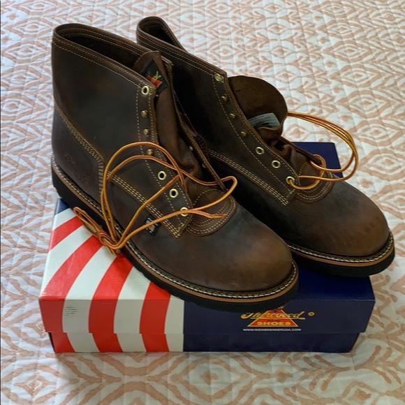 b1f2984390d Thorogood boots NWT